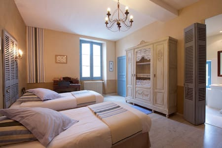Room Compostelle - Bed & Breakfast