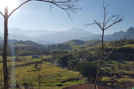 Chale na Serra ( Cachoeira Paulista e Cruzeiro ) - Chalet