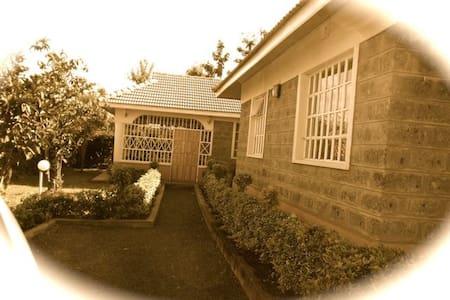 Cozy 3Bd Ensuite in Ngong, Nairobi - Ház