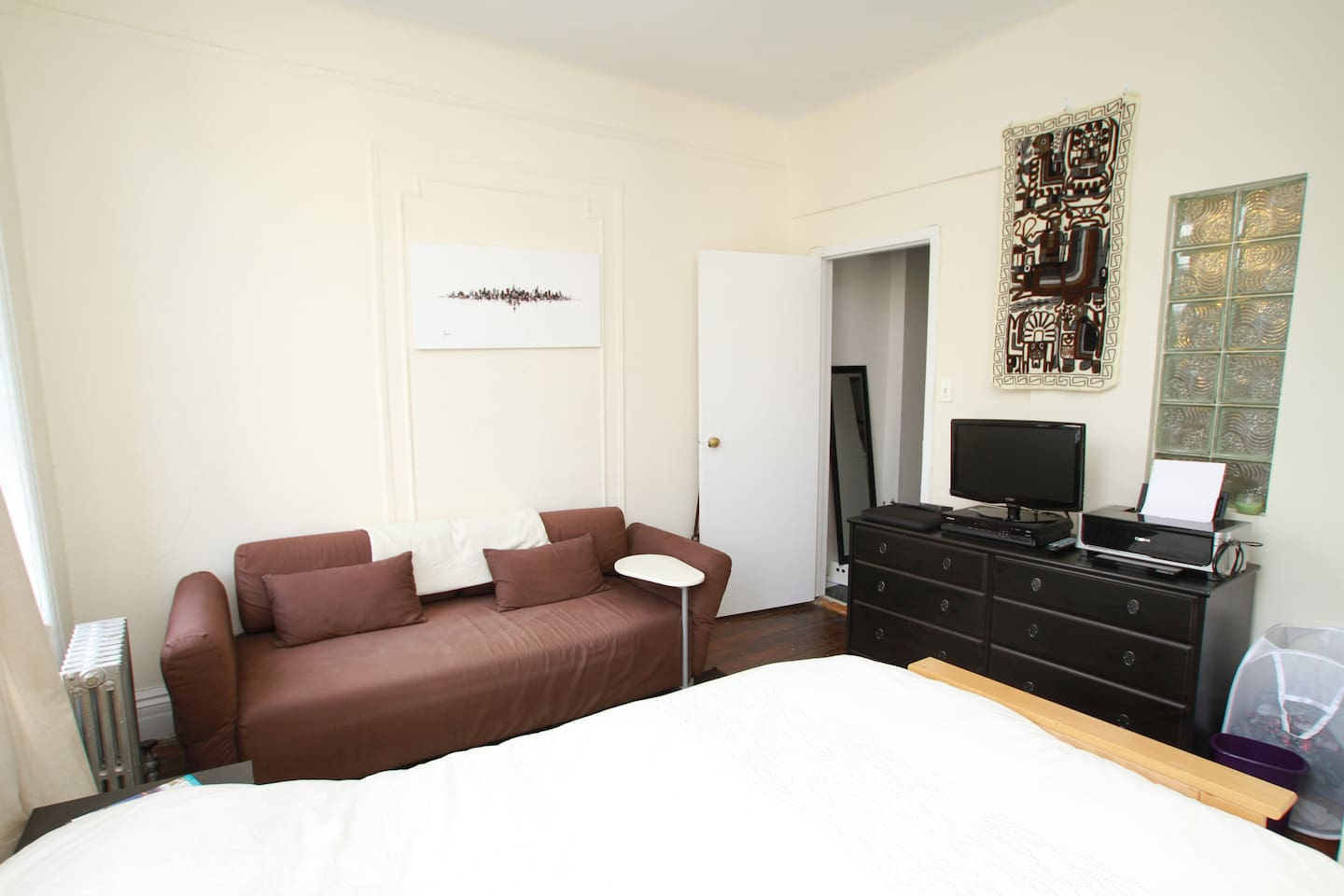 Photo 1 - Main bedroom - photo taken by airbnb