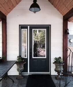 Elderberry Cottage, Thorne Lake - Shawville