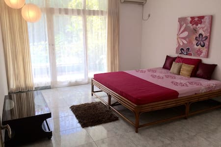 4 bed pool villa,rent by week/month