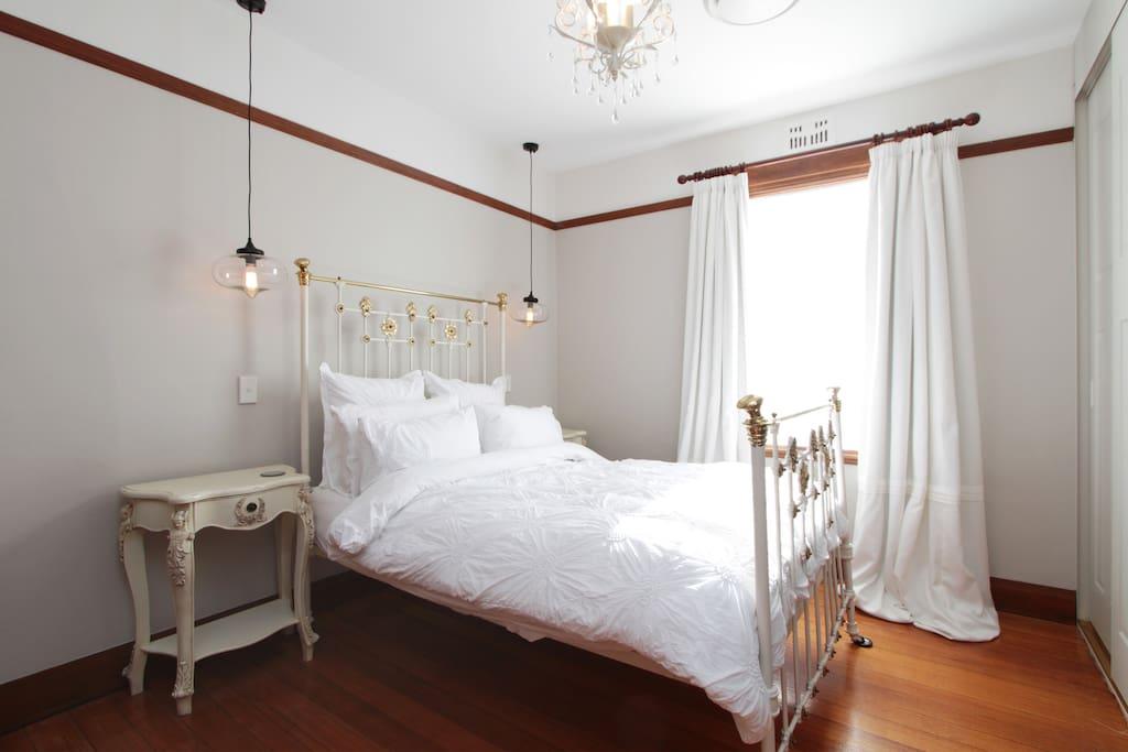 Central location chambre bordeaux maisons louer new town for Louer chambre bordeaux