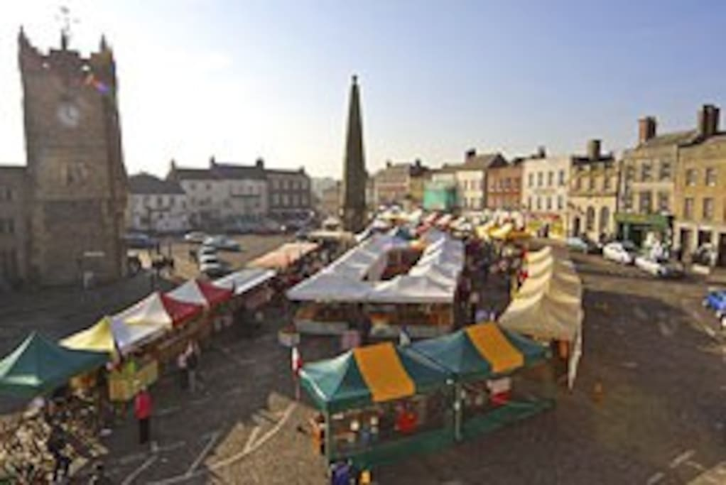 The Market square, alive and well on Sundays