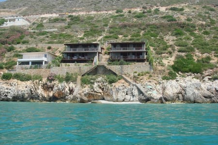 Two Floor, Seaside Stone Villa - Qeparo - Villa