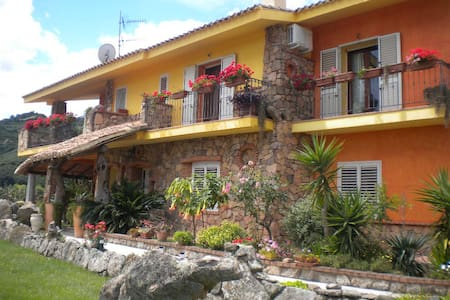B&B BELLAVISTA relax assoluto - Loceri - Bed & Breakfast
