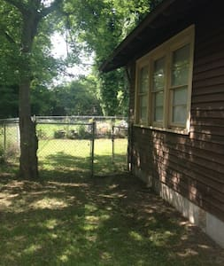 3 BR 2 Bath in Selma HIST District - Selma - Maison