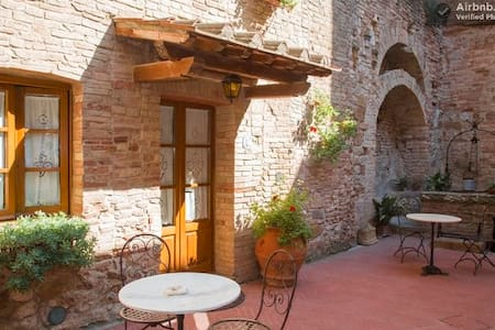 apartment San Gimignano WiFi free 7