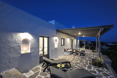 Villa Gustosa Luxury Villa in Paros - Paros - Villa