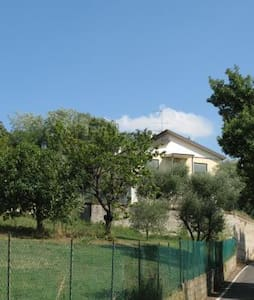Appartamento natura, sport, relax - Calaone - Bed & Breakfast