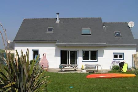 MAISON baie d'Audierne, prox plage - Plovan - House
