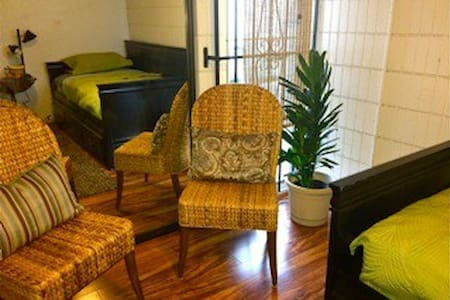 NEW! Long Stay Island Room - Honolulu - Apartment