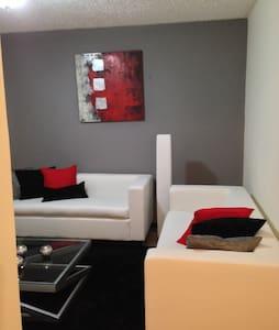 Full furnished condo !!!