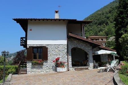 Villa Bellavalle, 5 mins from Argegno Lago di Como - Dizzasco, Argegno