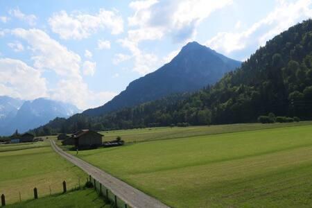 Ferienwohnung mit Alpenblick 2 - Casa