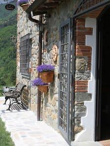 Romantiske Toscana med Swimmingpool og klatrebane - Rumah