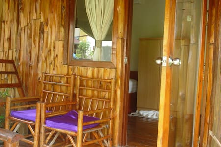 economy bungalow 4 person - Koh Chang Tai
