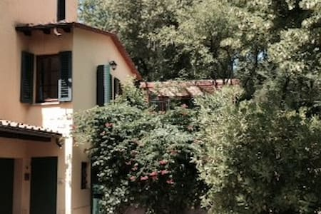 Appartamenti, case e ville con piscina a Castiglione dei Pepoli ...