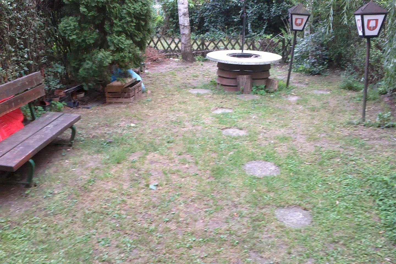udvar, kerti sütővel, grillezővel