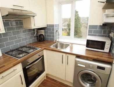 Friendly and quick access to London