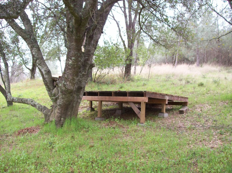 this is the tent platform, under a large oak tree about 20 yards from the house.