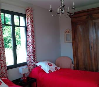 Twin Bedroom in Gaillan - Bed & Breakfast