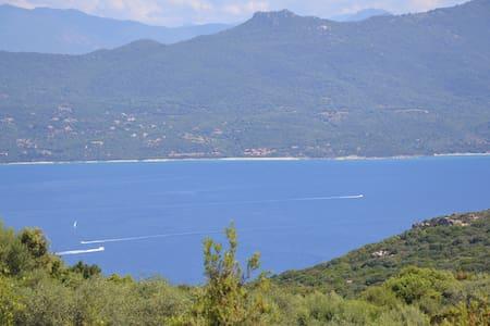 Top 20 b b et chambres d 39 h tes propriano airbnb propriano - Chambre d hote golfe du morbihan vue mer ...