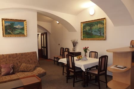 Apartment At the Garnet Rock-Tábor - Bed & Breakfast
