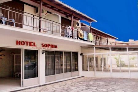 HOTEL  SOPHIA room no  1 - Corfú - Bed & Breakfast