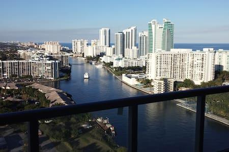 BeachWalkResort Studio 27th floor