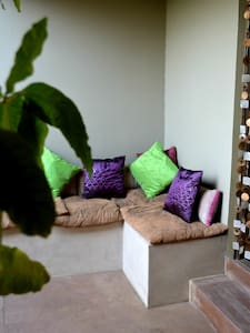Tranquil Courtyard Accommodation - Windhoek - Casa