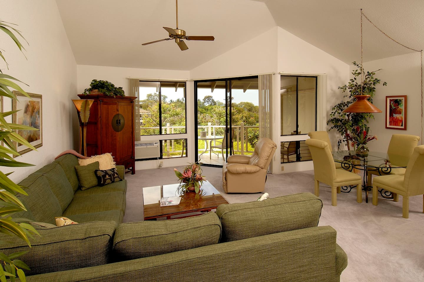 Living Room of Wailea Grand Champions 122