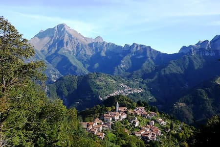 Mountains and sea of Tuscany - Farnocchia - House