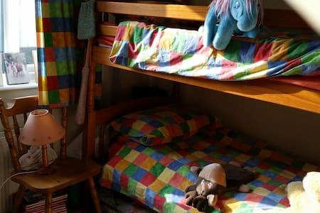 A bunk bed room - Bed & Breakfast