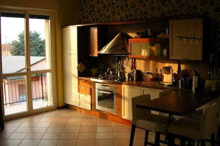 vicino: OSPEDALE E S. FRANCESCO - Apartamento