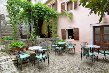 """B&B """"Antico""""-double bed room with living room - Bed & Breakfast"""