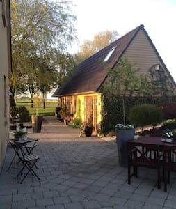 Hus i landlige og rolige omgivelser - House