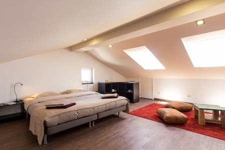 Surf-Atlantic, Attic Room, Jacuzzi - Ferrel
