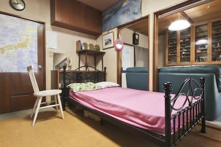 Space in Musashino Tokyo House
