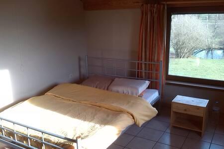 58 € - 2 personnes - Bastogne - House