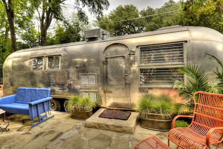 Airstream in Cameron Park! - 캠핑카