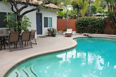 Pasadena Guest House, Newly Renovated, with Pool - Pasadena - Hus