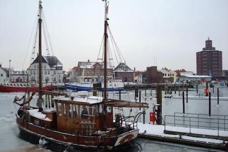 Ferienwohnung nahe Strand und Hafen - Wohnung