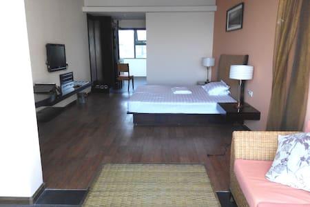 807海阳曦岛游艇会旅游度假一线海景公寓 - Apartment
