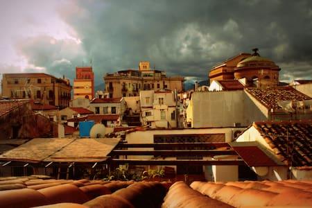 Mansarda nel cuore di Palermo - Palermo - Appartamento