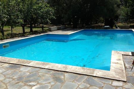 Villa con piscina - Castena delle Furie - Villa