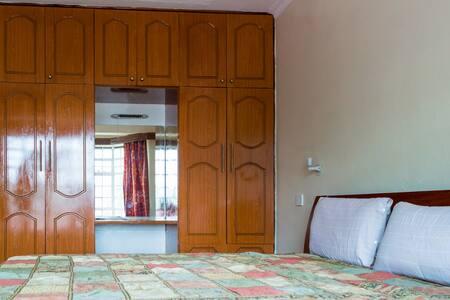 2 Bedroom Apt in Kilimani, Next To Yaya - Nairobi - Appartement