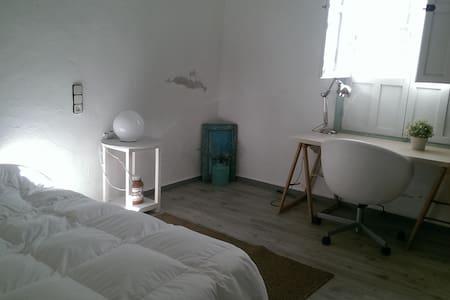 Casa de huerta en Murcia - La Cueva - Haus