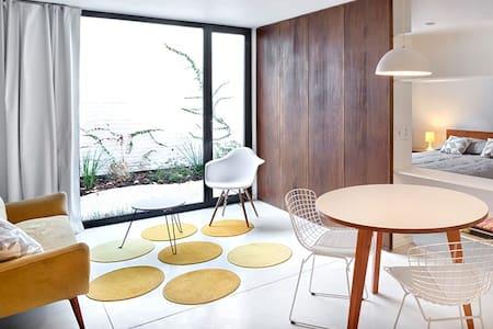 ESCALA83 Apartamentos 1 - Lejlighedskompleks