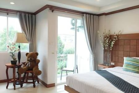 Modern & Convenient Central patong - 公寓